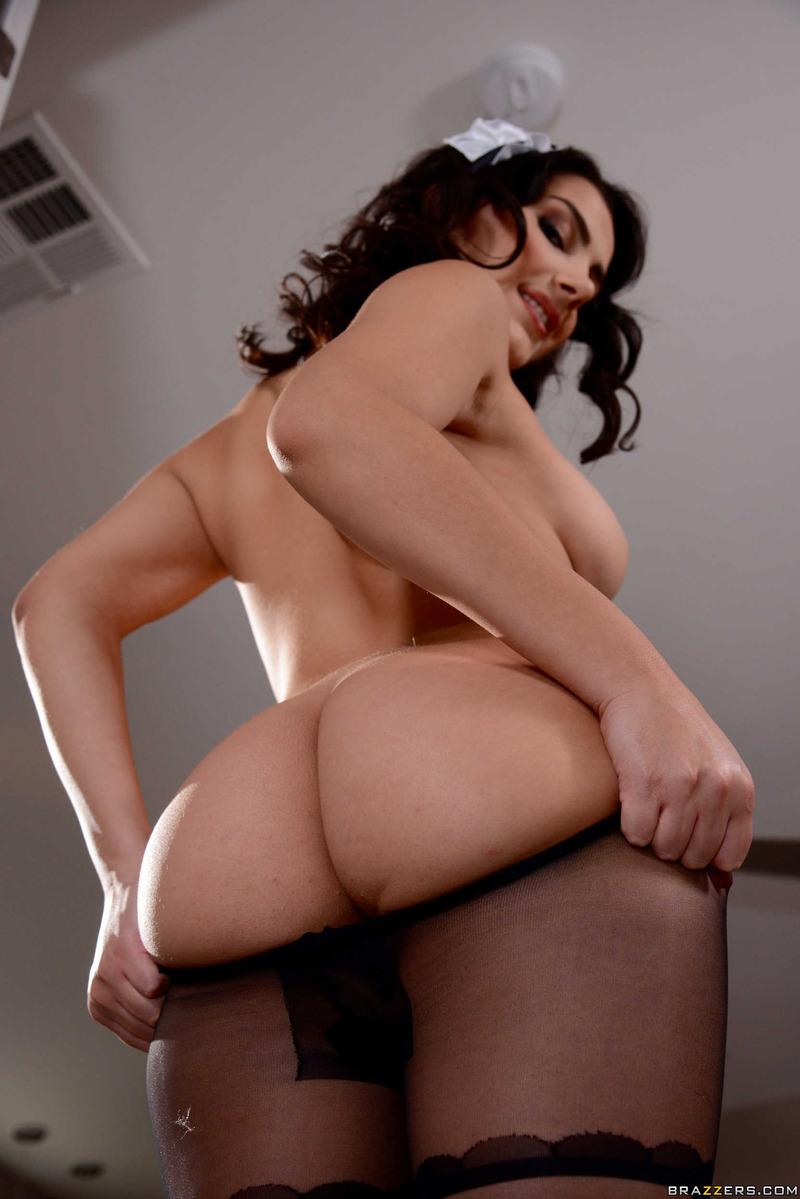 latina maid strip