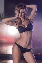 Check Today's Hot Celebrity Rosy Maggiulli! 02