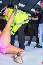 Eva Lovia Ice Hockey Rink 02