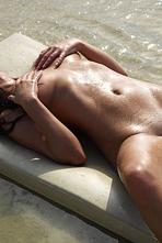 Lysa Naked Girl Posing On The Beach 12