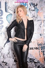 Louise Shows Off Her Tight Body In Leather Pants 01