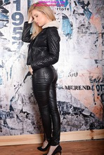 Louise Shows Off Her Tight Body In Leather Pants 04