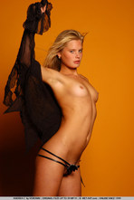 Andrea Sexy Blonde Girl Posing Naked 08