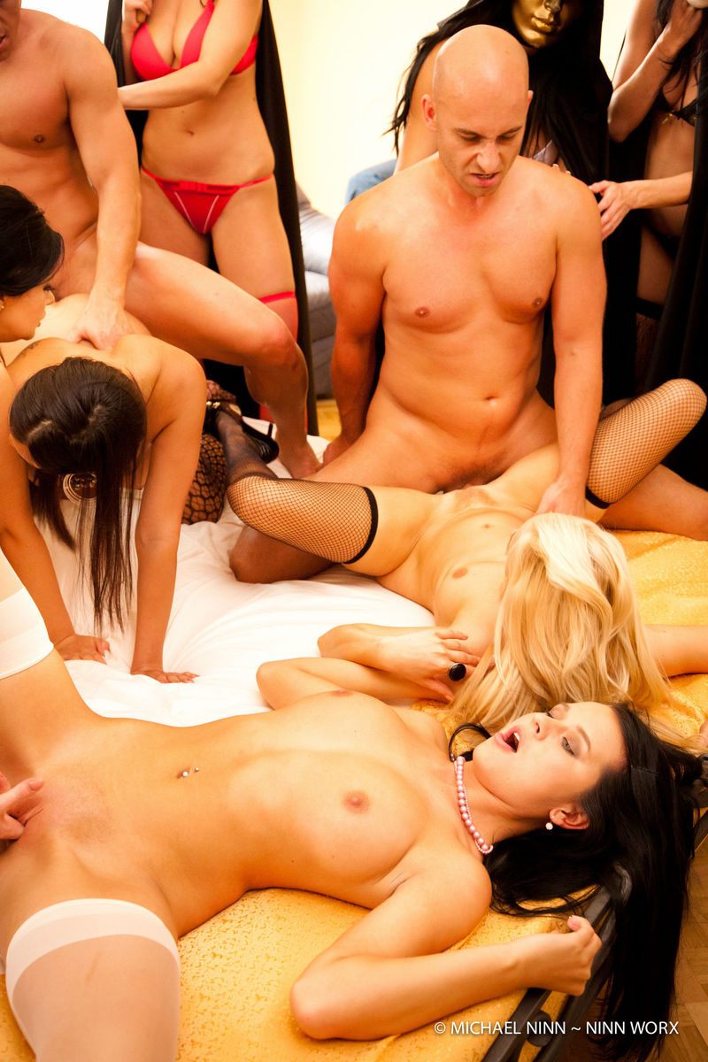 orgy in the palace