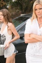 Rebel Lynn Seduces Her Stepmom Alexis Fawx 02