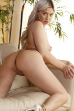 Sexy Blonde Heidi Hampton Gets Nude On The Couch 10