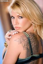 Angie Savage Hot Milf Posing Naked 02