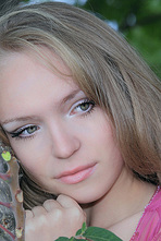 Alexxa Beautiful Girl Posing Nude Outdoors 03