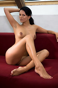 Kylie Sexy Black Haired Girl Posing Naked