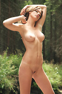Sandra Hot Nude Girl In The Forest