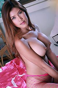 Mo Chada Sexy Asian Babe
