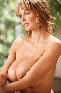 Brandy Robbins Strips Nude