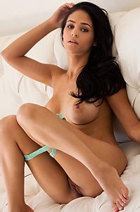 Jasmine Caro Hot Day