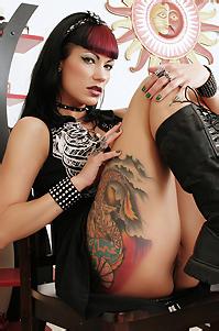 Hot Sexual Cute Ass Gothic Babe
