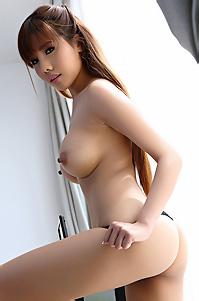 Sexy Asian Aeko Jung