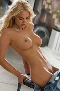 Sexy Rachel Harris