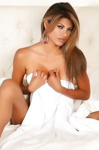 Shy Claudia Posing Topless