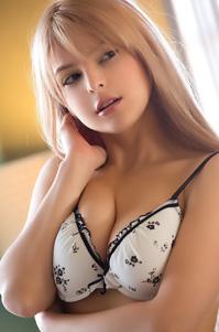 Phoebe Queen Sexy In Lingerie