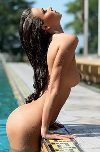 Svitlana Chumachenko Swimming Nude