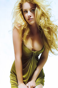 Blonde Star Amber Heard
