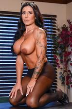 Huge Boobed MILF Simone Garza Stripping